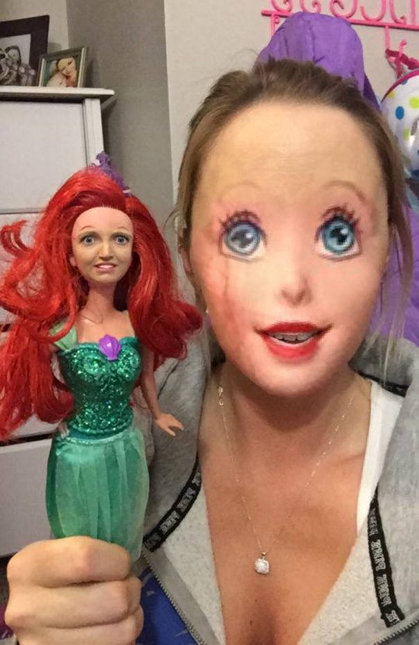 faceswap-fille et poupée